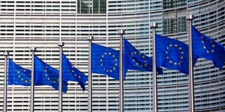 1504027499637.jpg euro e minibot l economista la proposta della lega mette in crisi bruxelles 1024x768 min 1e72b